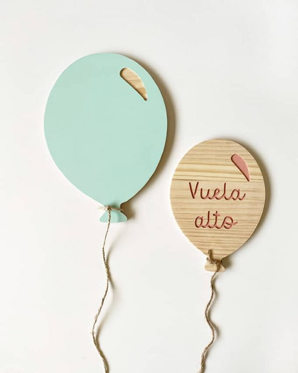 Globos de madera para decorar paredes infantiles